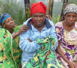 Photo of women in DRC